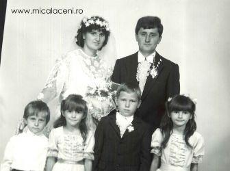 Adrian si Eunicea Mihuta - cu nepotii Mihuta Sorin , Amalia Croitor-Mihuta, Dorin Mihuta si Adelina Croitor Mihuta