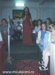 Amalia Cosarba- serbare copii in Biserica Veche - 2002