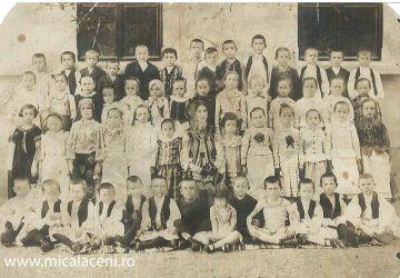 Mihuta Savu(Savulica)- La Scola de la Calu Balan - Micalaca Veche- anii 30