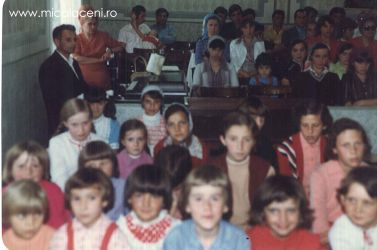 copii in Biserica Veche - anii 80 (2)