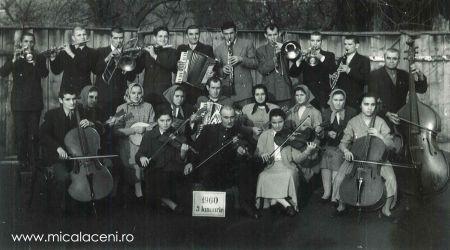 fotografie cu orchestra Bisericii anu 1960