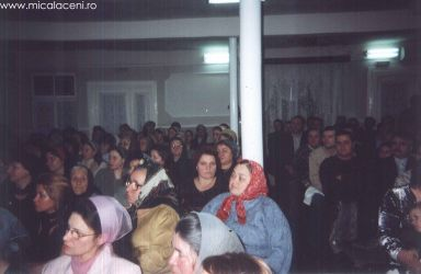fotografie facuta in anii 90 -Biserica Veche