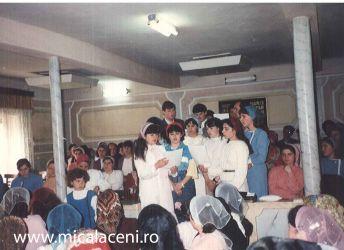 grup de tineri - Biserica Veche